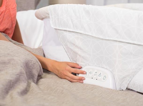 twin sleeper bassinet halo