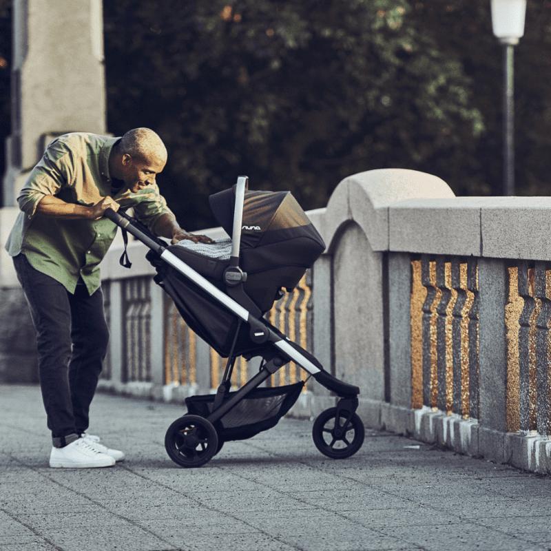 thule spring jogging stroller